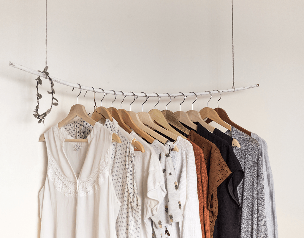 3 Steps To A Clutter-Free Closet